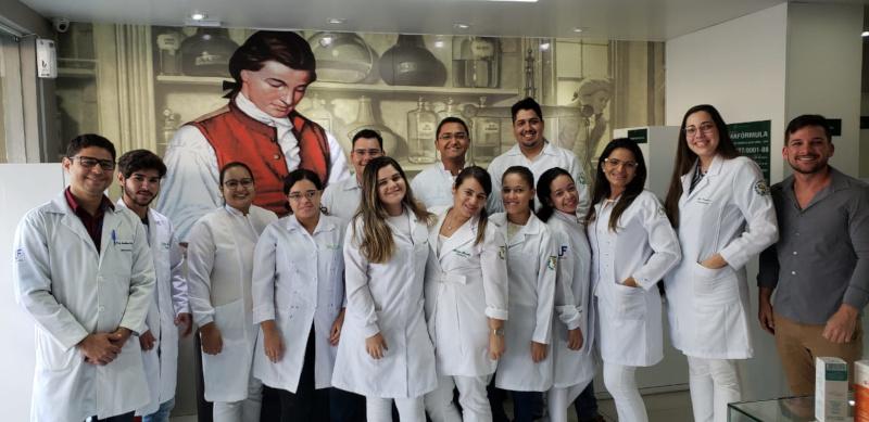 visita_tecnica_de_farmacia_de_manipulacao
